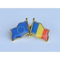 Insigna cu pin metalica steaguri Romania si UE